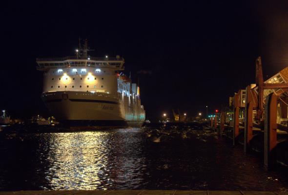 Port Szczecin-Świnoujście: Wzrost przeładunków w I półroczu 2015 roku