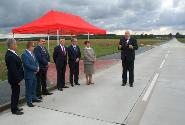 Opolskie: Nowa betonowa droga powiatowa