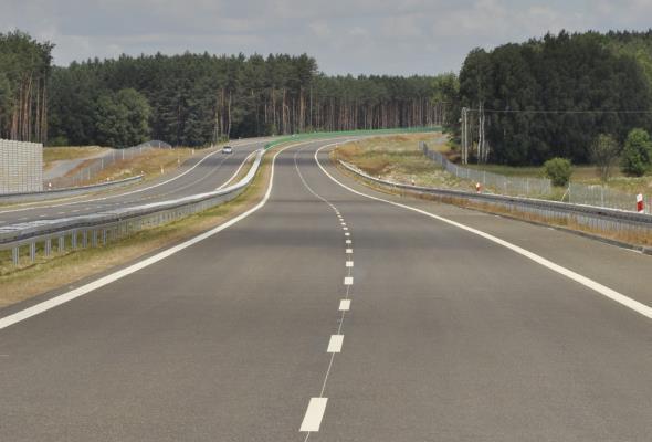 Mazowieckie: GDDKiA ogłosi przetarg na budowę A2