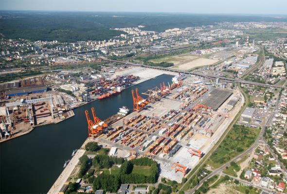 Gdyński port zyska lepszy dostęp od strony lądu i morza