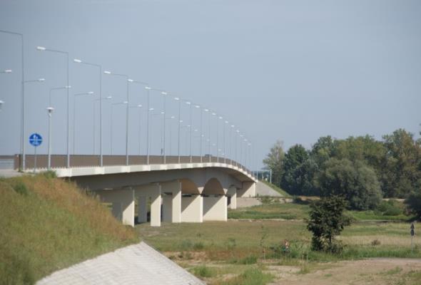 Dolnośląskie: Dojazd do mostu w Ciechanowie ma być lepszy