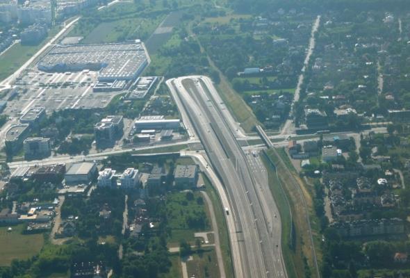 Warszawa: Podpisano cztery umowy na realizację POW