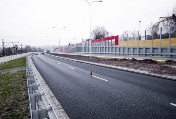 Brak pieniędzy blokuje dojazd do portu w Gdyni