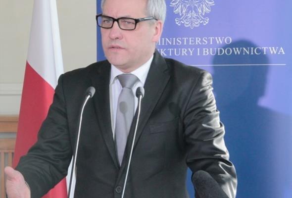 Szmit: KE zatwierdziło dofinansowanie dla pierwszych 11 inwestycji drogowych