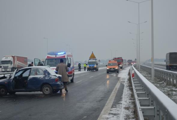 KE: Na drogach bezpieczniej, ale to nadal nie wystarczy