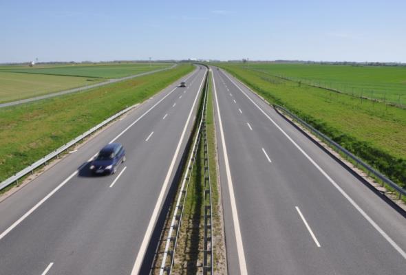 Będzie więcej militarnych dróg w Polsce