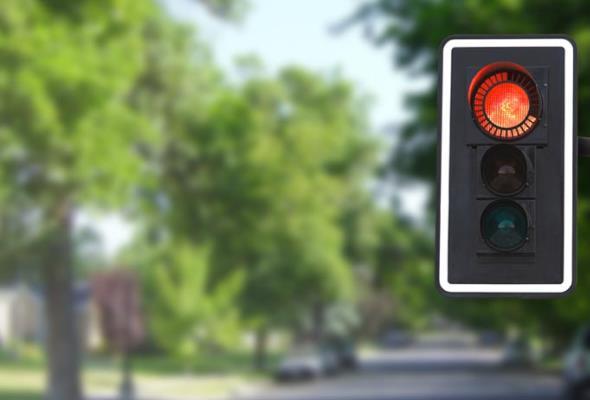 Koniec liczników na skrzyżowaniach. Ministerstwo zmieni prawo