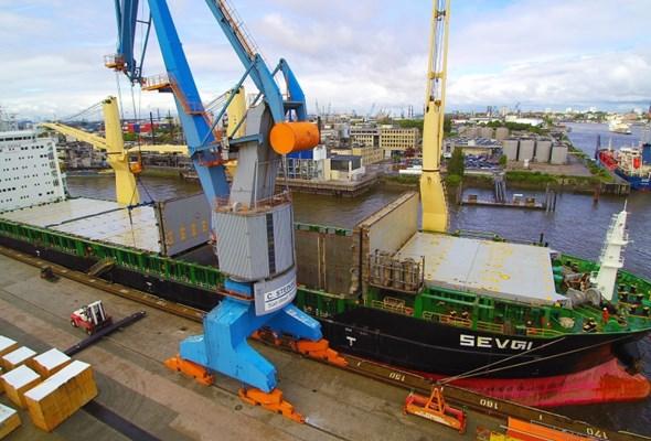 Stabilny wynik Portu Hamburg w I półroczu 2016 roku