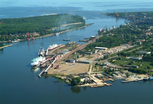 OT Port Świnoujście z nowym elewatorem zbożowym