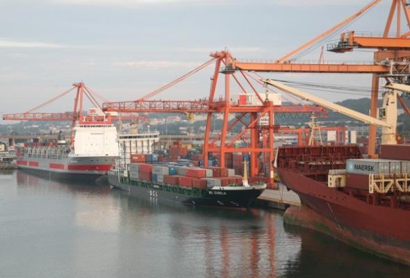 Port Gdynia przełamuje złą passę. Przeładunki idą w górę