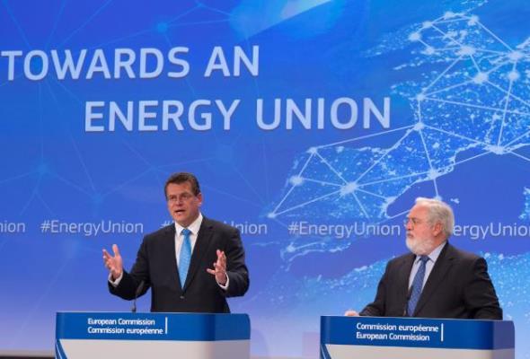 Nowy rynek energii UE cz. 1: Prąd ma być wolny, a zadbają o to operatorzy sieci