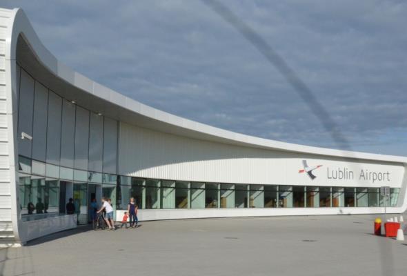 Lubelskie: Lotnisko straci dotację bo pasażerów jest za mało
