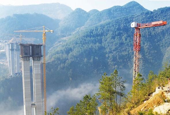 Chiny: W 2017 roku zakończy się budowa trzech kolosalnych mostów