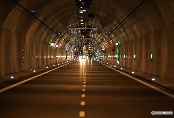 Gdańsk: Następnej zimy jezdnia tunelu pod Martwą Wisłą rozmrozi się automatycznie
