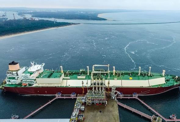 Rusza przetarg na budowę drugiego nabrzeża terminala LNG w Świnoujściu