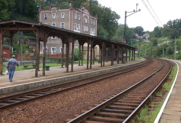 Na linii Wrocław – Międzylesie na razie bez modernizacji. Będą prace utrzymaniowe i naprawcze