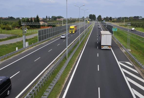 ViaTOLL: Nie będzie bezpłatnej alternatywy dla A2. Wkrótce rozszerzenie sieci dróg płatnych