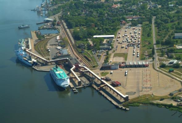Rusza opracowanie studium wykonalności terminalu kontenerowego w Świnoujściu