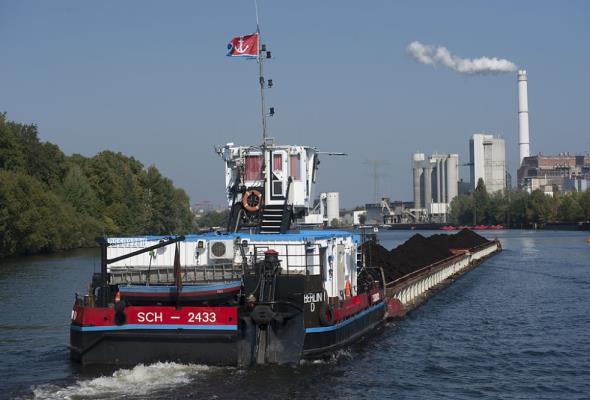 Rzeczny transport węgla wraca na Odrę