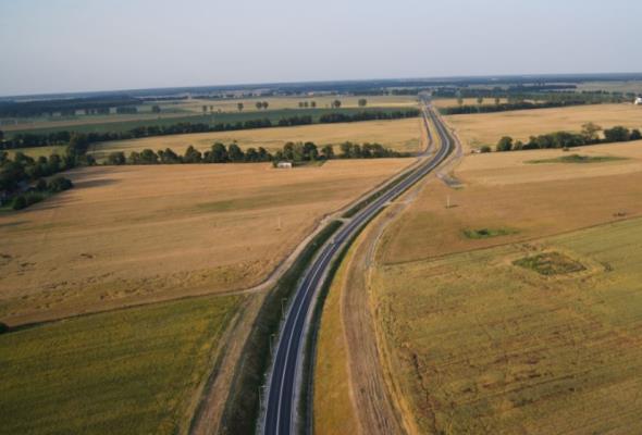 Droga do Pieniężna z drogimi ofertami