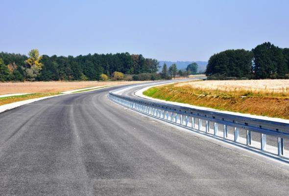 Jak wysokie powinny być bariery aby uratować życie na drodze?
