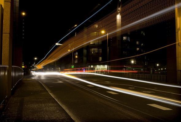 Do 2021 r. po polskich drogach ma jeździć blisko tysiąc elektrycznych autobusów