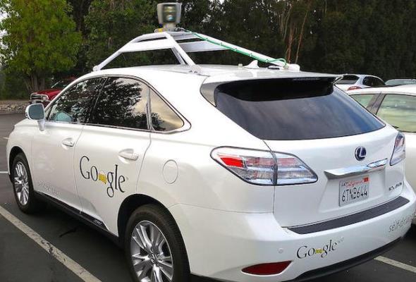Samochody autonomiczne najpierw wyjadą na autostrady?