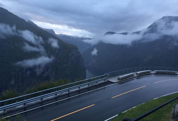 Norwegia wyjmuje wtyczkę elektrycznym autom. Zachęty już niepotrzebne