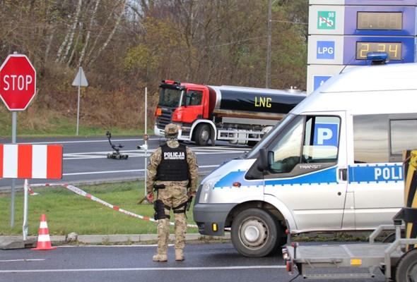Droga miejscem ataku terrorystycznego? Służby przećwiczyły procedury