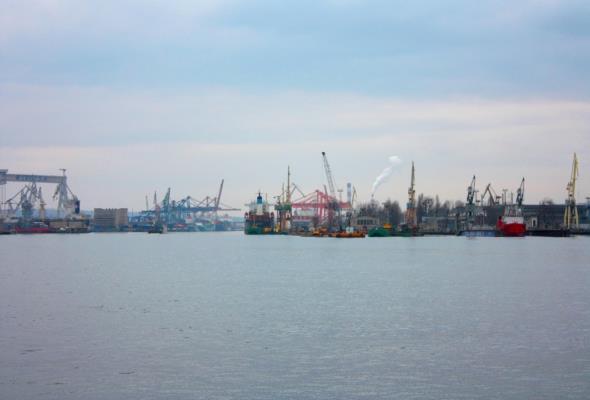 Port Gdynia: Powstanie barka do bunkrowania gazem LNG