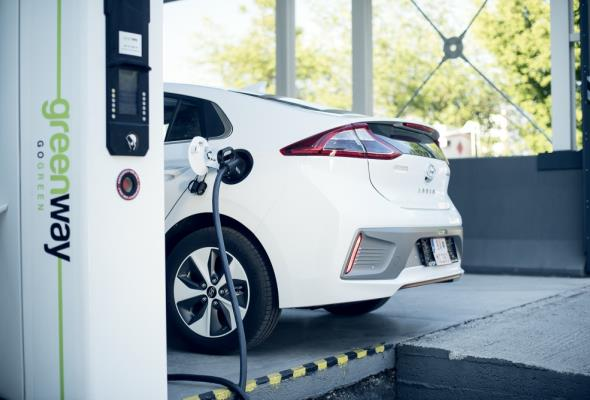 Znamy ceny ładowania samochodów elektrycznych w Polsce