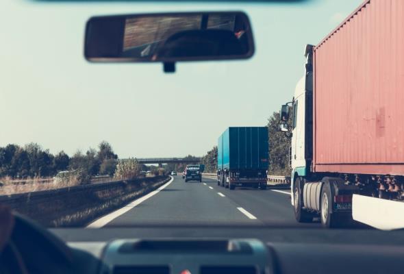 Komisja Europejska chce walczyć z manipulacjami w transporcie