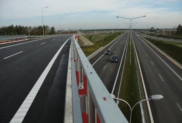 Chodkiewicz: Rokrocznie na rynek drogowy trafi ok. 14 mld zł