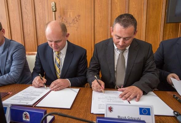 Umowy na prom pomiędzy Solcem Kujawskim i Czarnowem podpisane