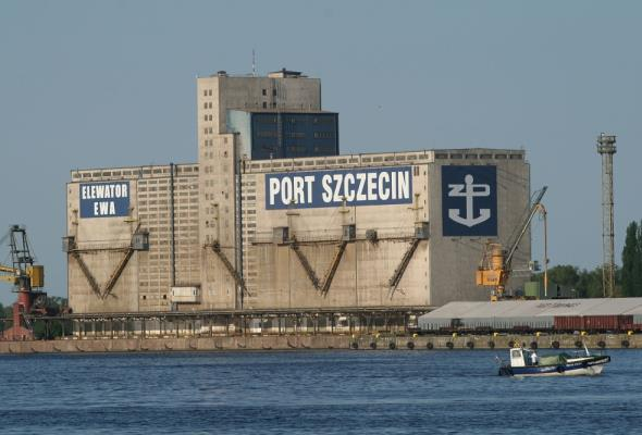 Port Szczecin: Kluczowe jest pogłębienie dojścia