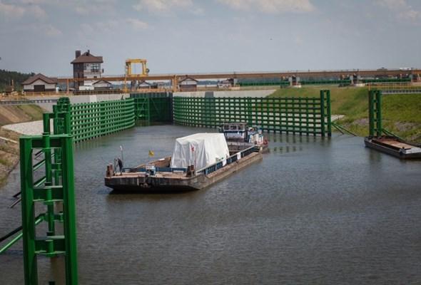 OT Logistics już korzysta z oddanej do użytku śluzy w Malczycach