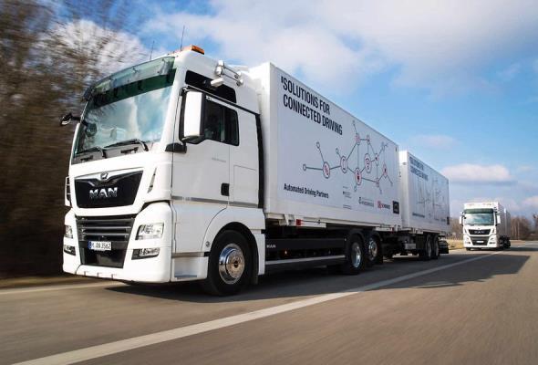 Platooning w systemach logistycznych: testowe pojazdy MAN dla DB Schenker