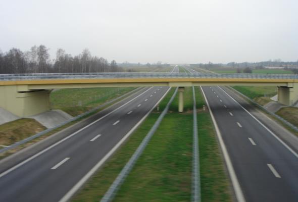 Cztery pasy na A2 między Łodzią a Warszawą?