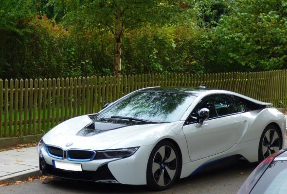 Europa może być skazana na import samochodów elektrycznych