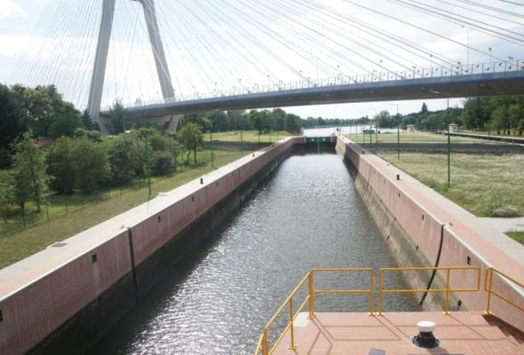 Modernizacja stopnia wodnego Rędzin na Odrze za ok. 50 mln zł