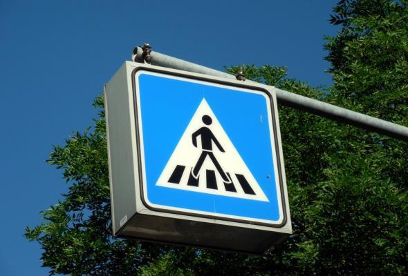 Powstały wytyczne dotyczące oświetlania przejść dla pieszych
