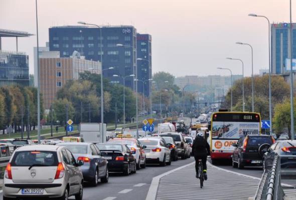 Warszawa: Przyspieszają prace na ulicy Marynarskiej