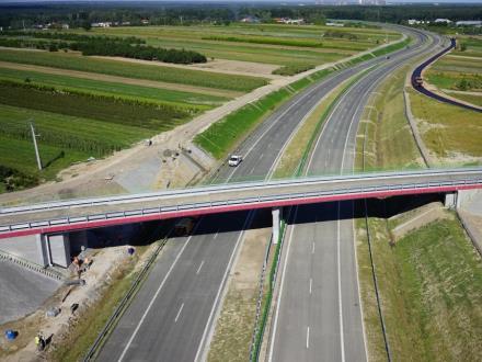 GDDKiA planuje jeszcze w tym roku ogłosić przetargi  na ok. 150 km nowych dróg