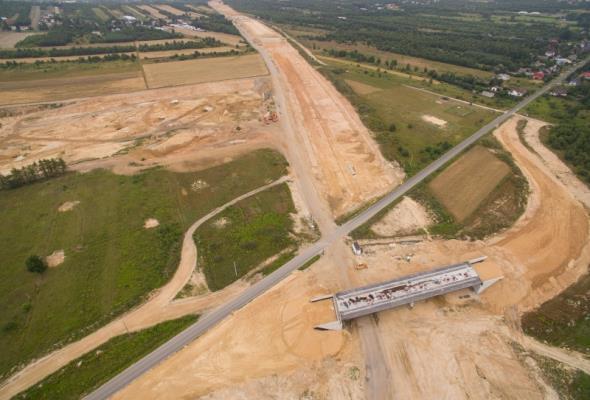 Rozbiorą dwa wiadukty na budowanej A1. Beton nie spełnia wymagań