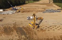 Wzmacnianie gruntu metodą kolumn betonowych z głowicą żwirową na S8 koło Zambrowa