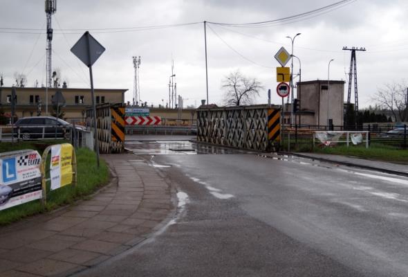 Gdańsk. Most nad Kanałem Raduni z końcem września