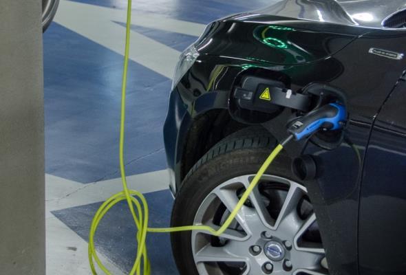 Do 2025 r. europejski rynek baterii będzie wart 250 mld euro. KE chce wspierać jego rozwój