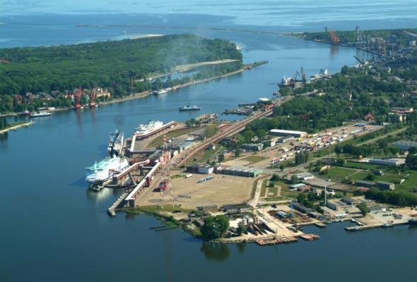 Umowa na pogłębienie toru wodnego Szczecin-Świnoujście podpisana