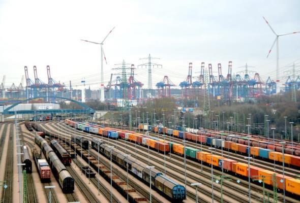 Port Hamburg: Polska powinna inwestować w kolej
