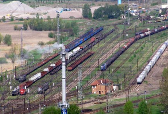 Kolej powtarza trzy przetargi na poprawę dostępu do trójmiejskich portów [aktualizacja]